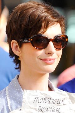 anne-hathaway-short-haircut-option2-240bes082910