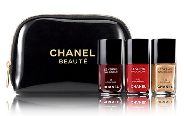 Chanel Holiday 2010 Collection de vernis Nail Colour Set