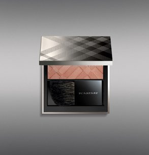 burberry-light-glow
