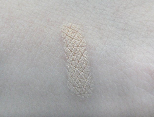 Rouge Bunny Rouge Glide Concealer swatch