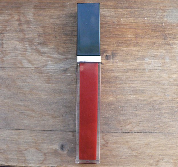 givenchy-gloss-interdit-vintage-ruby