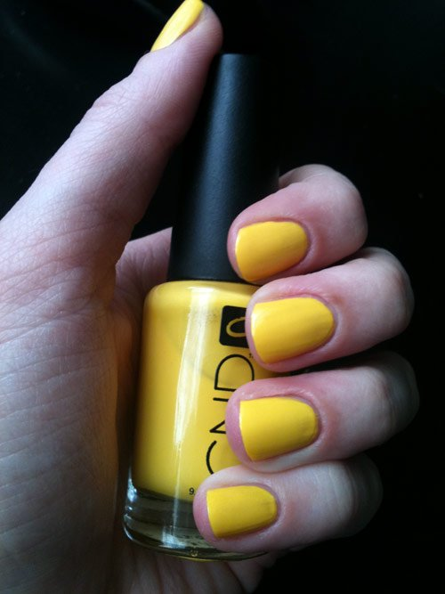 CND-Bicycle-Yellow-nails swatch