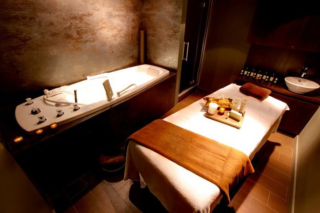 mahash-massage-room