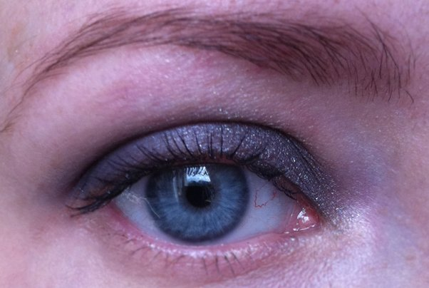 Diorbluetie-eye-1
