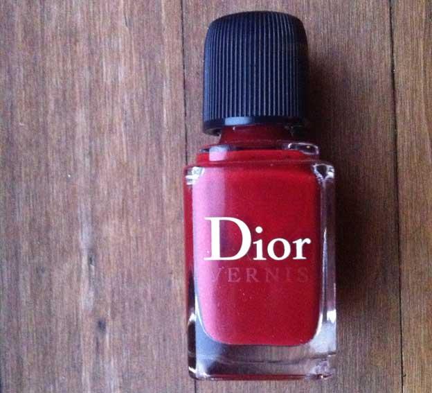 dior-les-rouges-gruau-bottle-beautyinsider