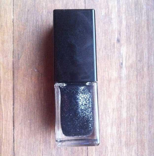 givenchy-christmas-grey-nail-polish