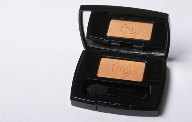 chanel_ombre-eyeshadow-tigerlily-spring-2012