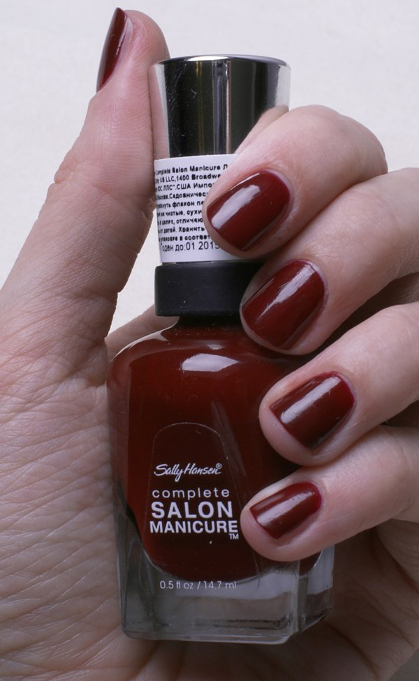sally-hansen-complete-salon-manicure-610-red-zin-swatch2
