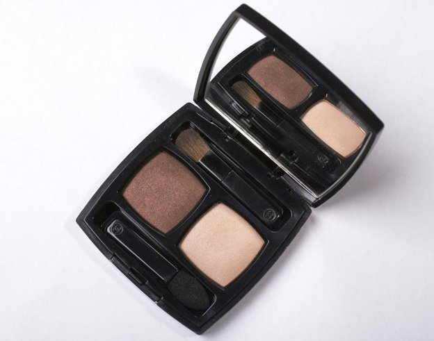 chanel-ombres-contraste-duo-37-sable-emouvant-summertime-2012