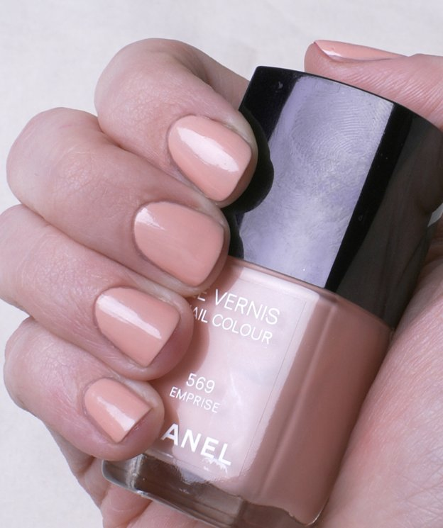 chanel-569-emprise-swatch1