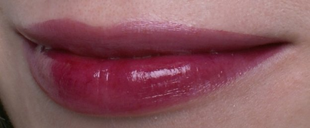 loreal-paris-shine-caresse-402-mylady-swatch2