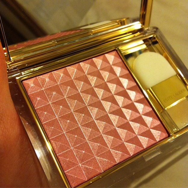 esteelauder Pure Color Illuminating Powder Gelée
