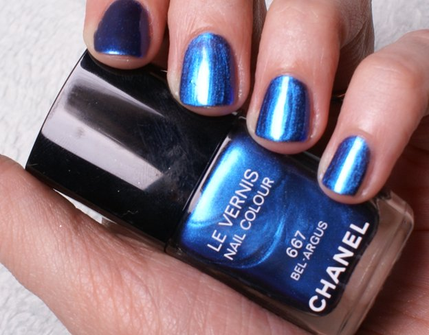chanel-nail-polish-667-bel-argus-swatch