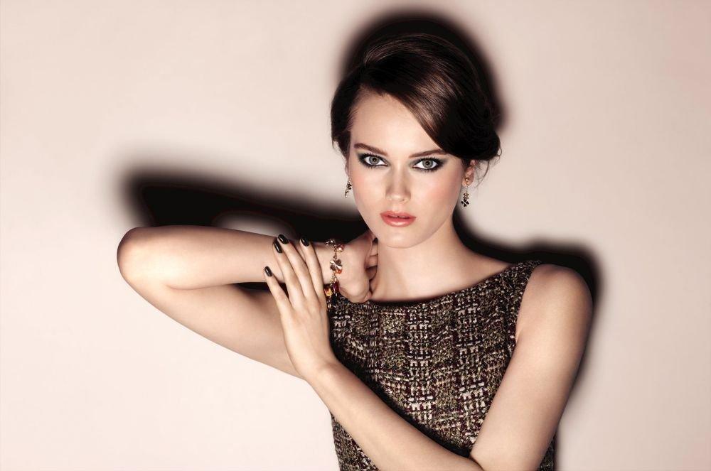 Осенняя коллекция Chanel Superstition 2013