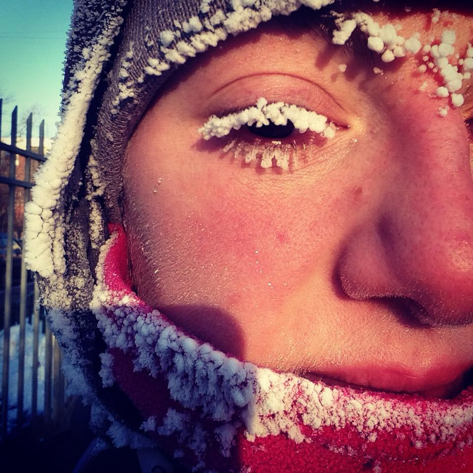 anna-kosova-winter-on-eyelashes
