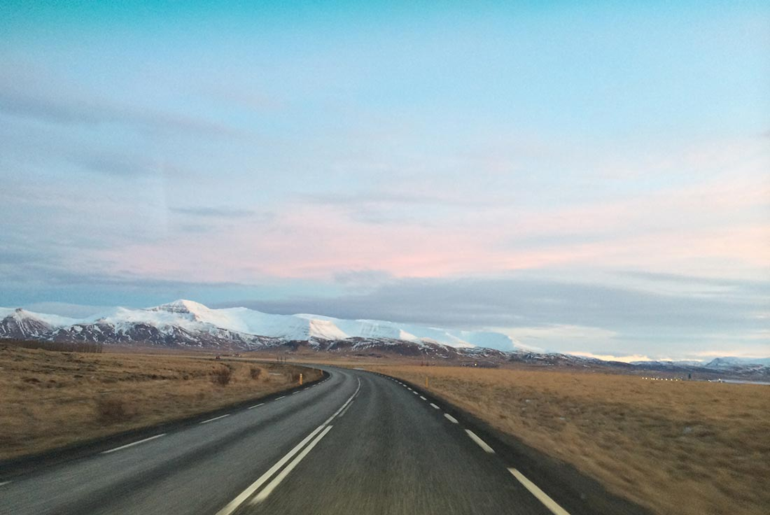 iceland-travel-morning