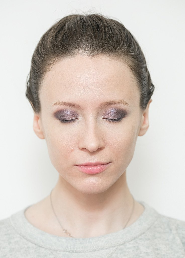 clarins-makeup-5-violet-eyeshadow