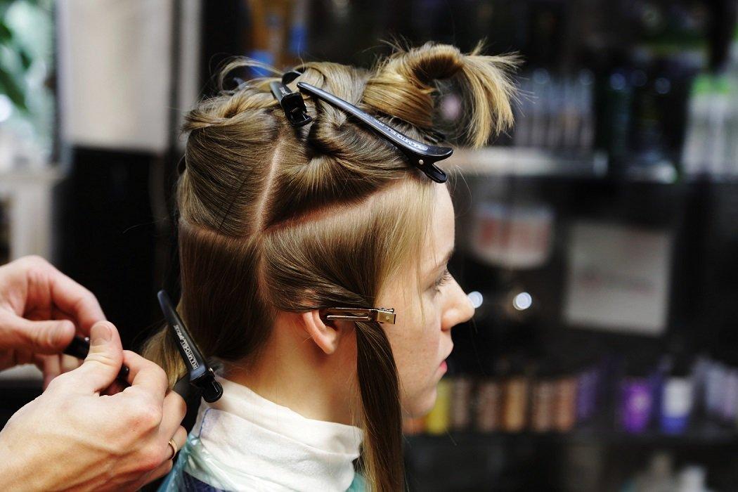 Самые простые и эффективные способы как придать объем волосам у корней