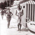 Купальницы и купальщики прошлого века