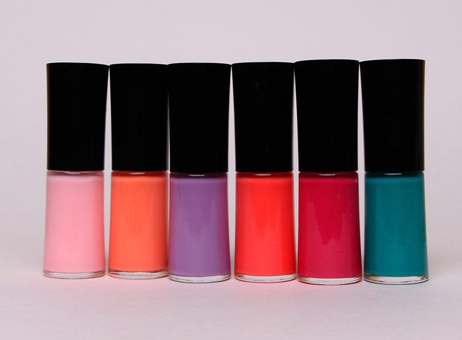 giorgio-armani-bright-ribbon-nail-polish