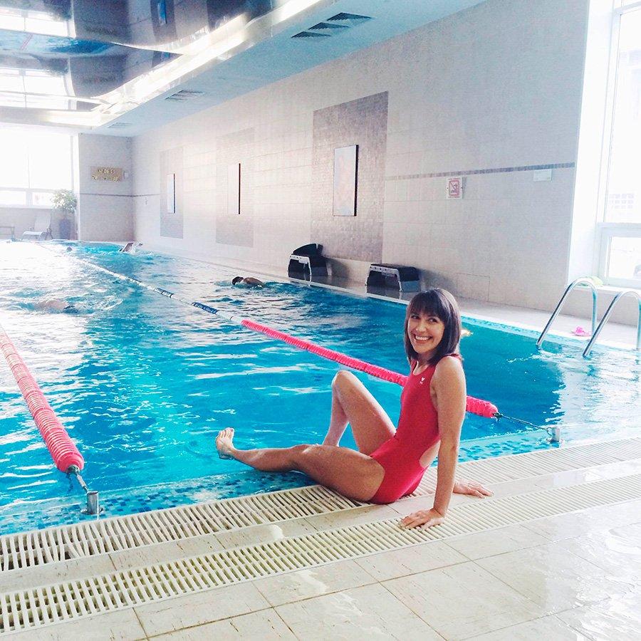 masha-swimming-1