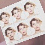 В августе меняла паспорт, пришлось фотографироваться –) Незадолго до этого чуть-чуть подстриглась, а вот цвет волос не меняла с декабря (hairchalk – не в счёт).