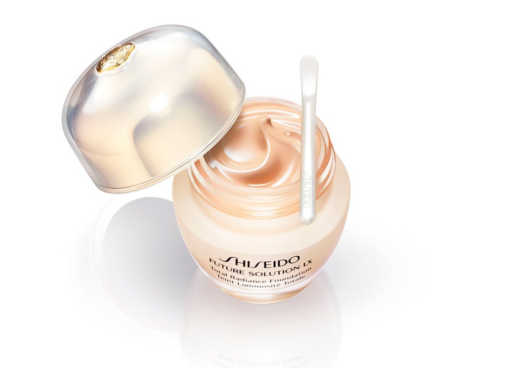 shiseido-future-solution-lx-foundation