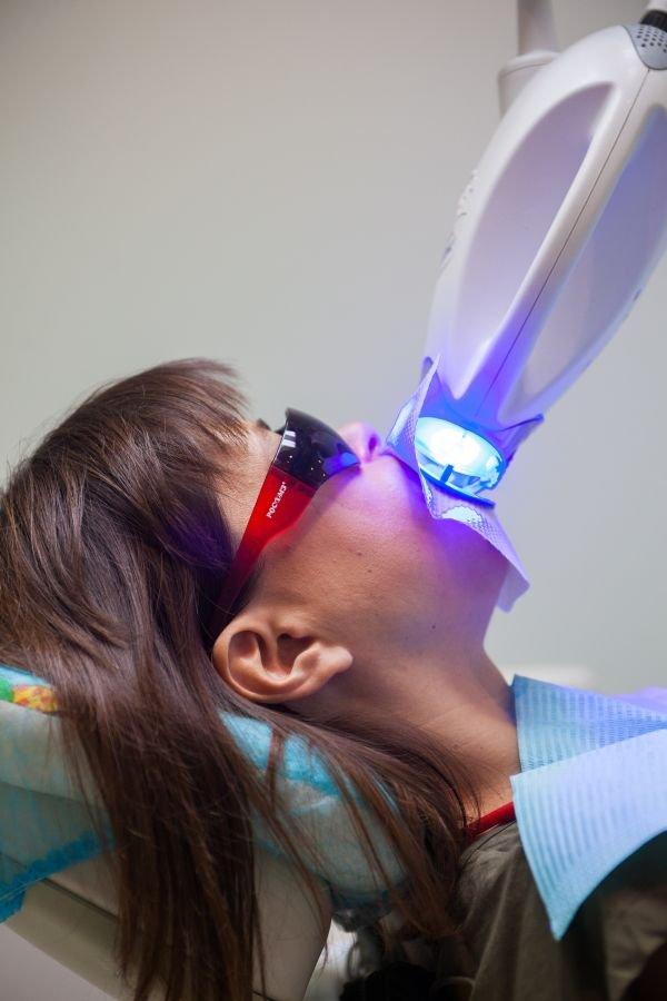 отбеливание зубов zoom озерки