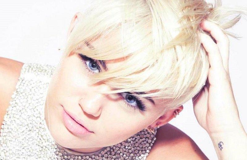 Miley_Cyrus_MAC_Main