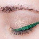 write-blend-liner-shadow-earhly-green-41-Nouba-swatch