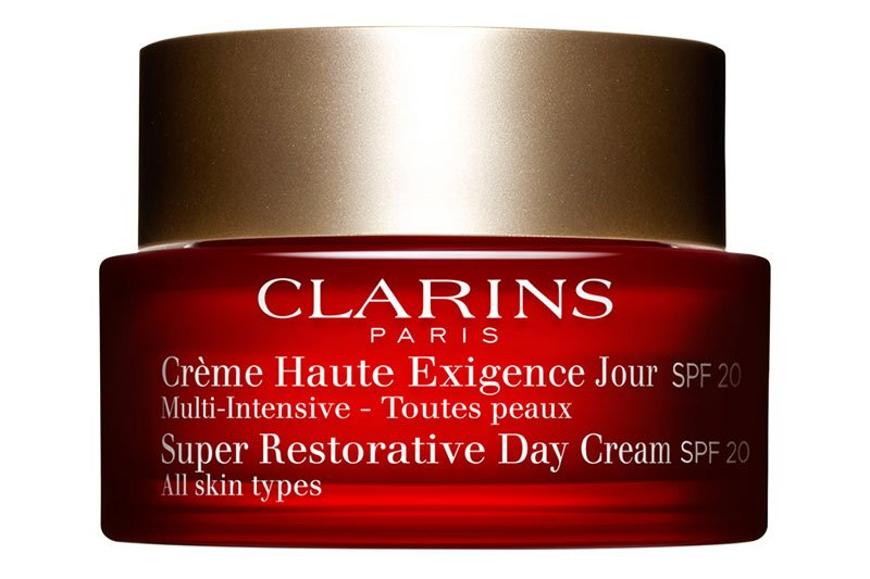 Clarins - Super Restorative Day SPF 20 for All Skin Types