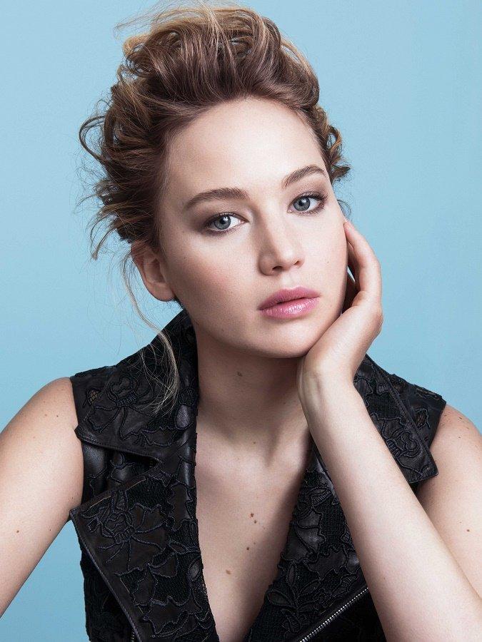 Jennifer_Lawrence_New_Face_Dior