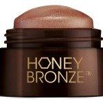 The-Body-Shop---Honey-Bronze-Highlighting-Dome-Shade-03-(open)