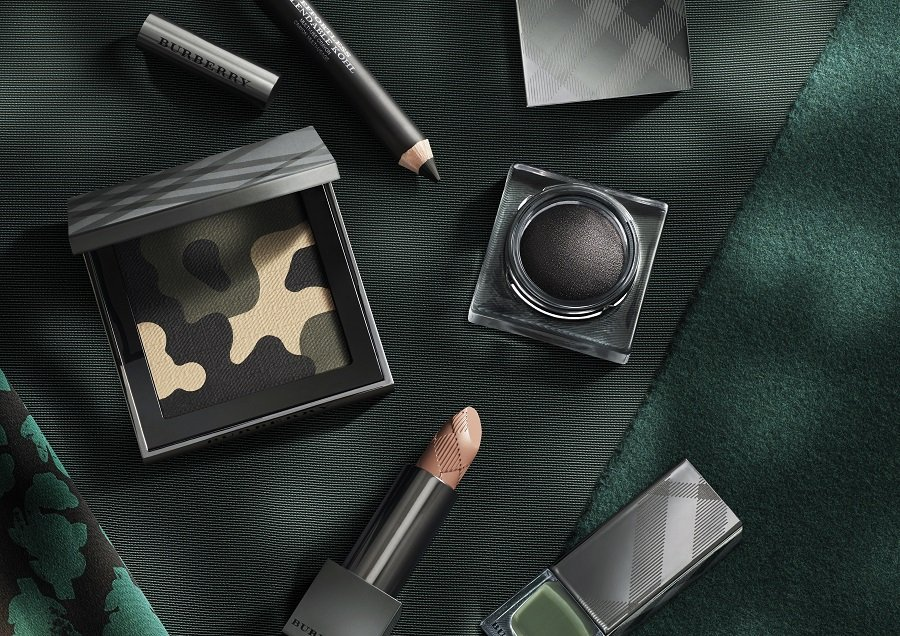 Burberry Make-up - AW15 Make-up Collection - featuring The Limited Edition Autumn_Winter 2015 Runway Palette - Eyeshadow Palette