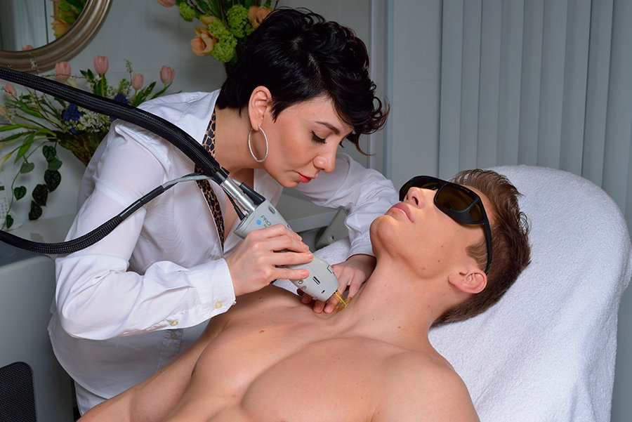 laser-lounge-clinic-men
