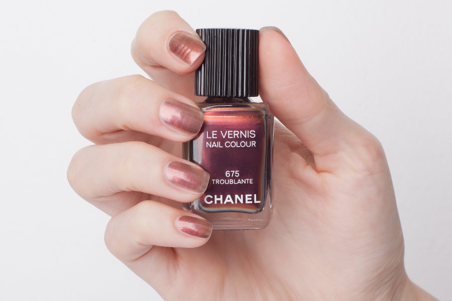 chanel-675-satch1