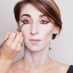 В таком макияже можно сделать ооочень длинные стрелки!