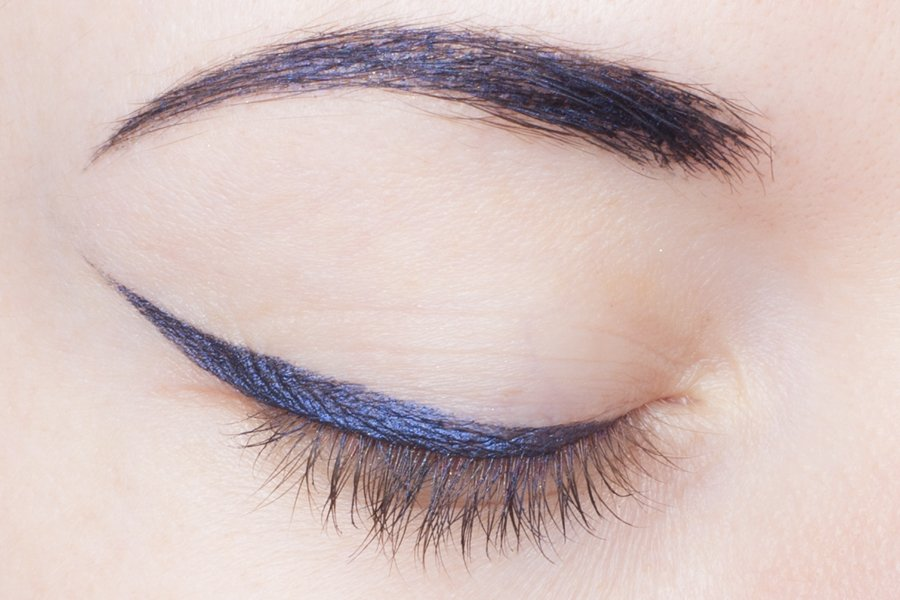 armani eye and brow maestro 16 navy blue swatch