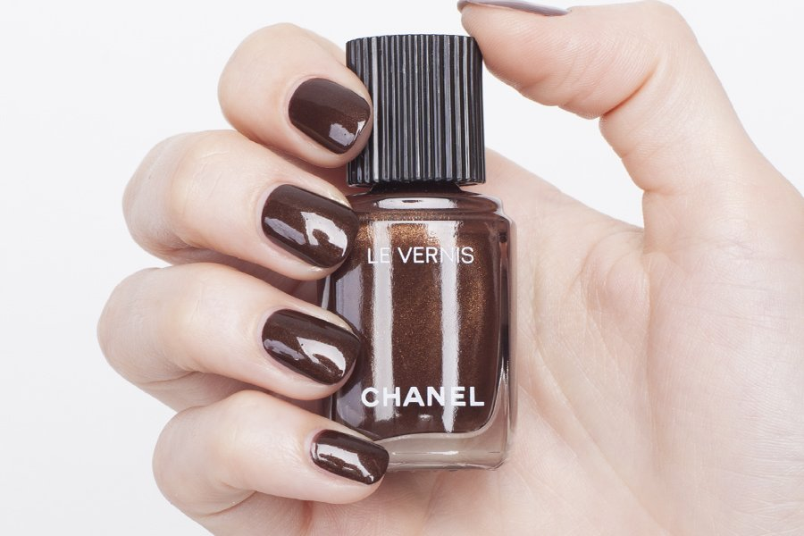 chanel le vernis 526 swatch