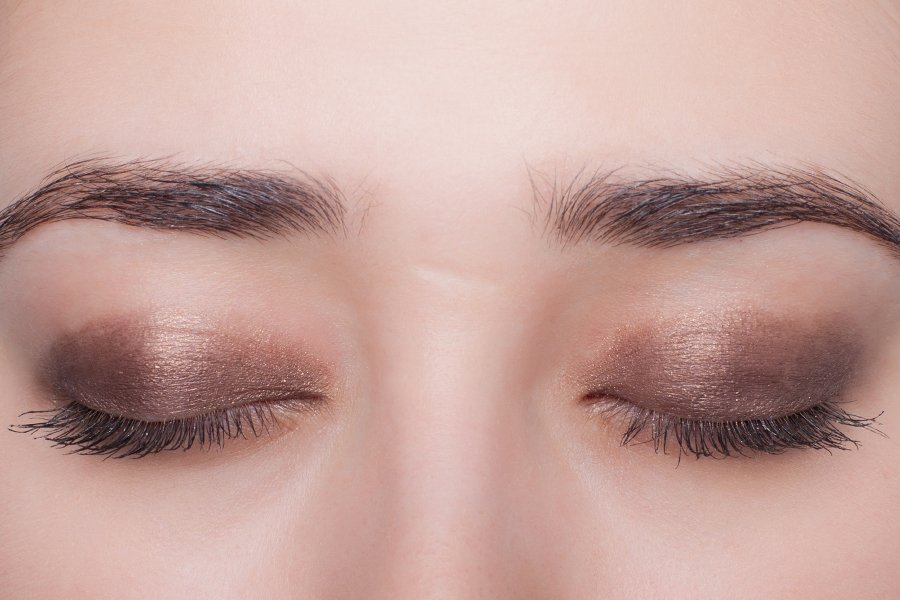 Chanel-eyeshadow-187-swatch