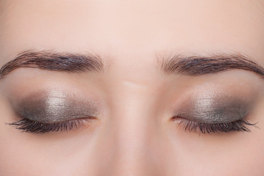 Chanel-eyeshadow-197-swatch