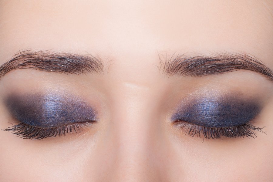 Chanel-eyeshadow-207-swatch