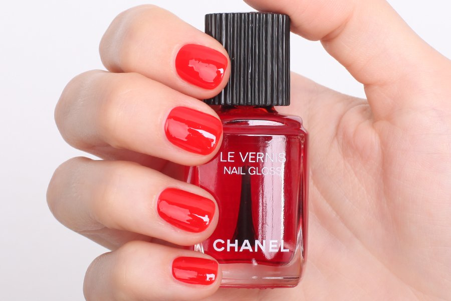 chanel 530 rouhe radical swatch
