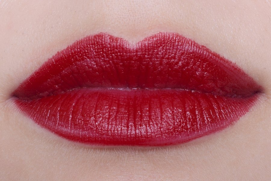 chanel rouge allure 169 rouge tentation swatch