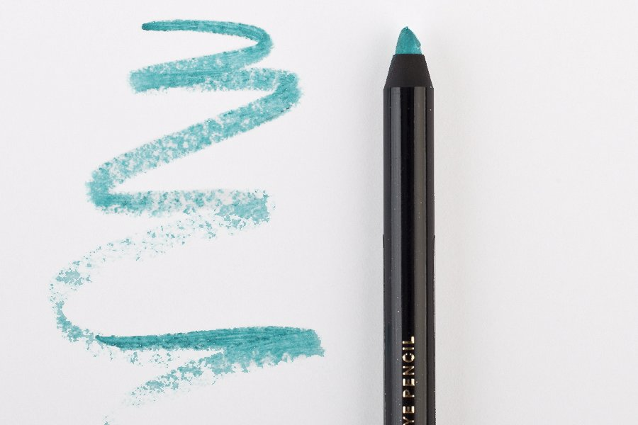 H&M-coloure-essence-eye-pencil-azure-thing