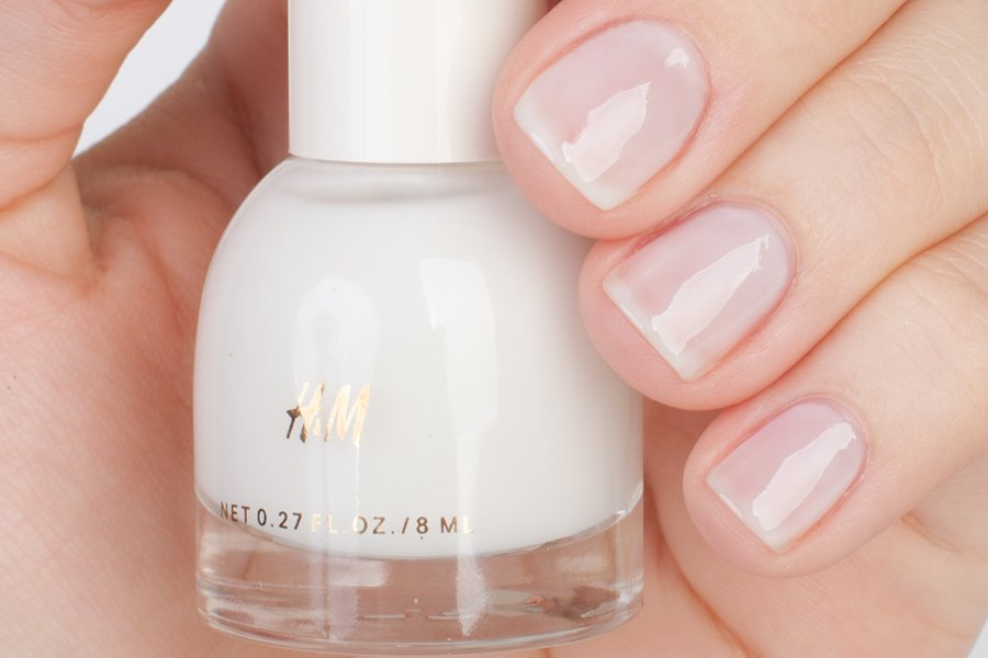 H&M-ice-cold-milk-swatch-1-2