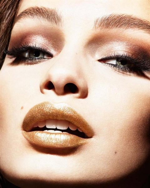color-riche-gold-obsession-lippenstift-von-loreal-paris-visuell-pure-gold-luma-grothe