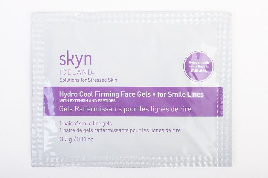 skyn-iceland-hydro-cool-firming-face-gels-for-smile-lines