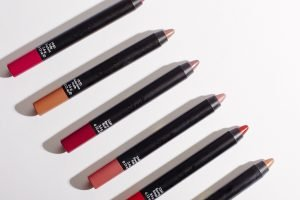 sleel power plump lip crayon