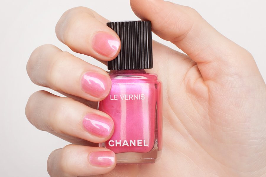 Chanel-le-Vernis-544-swatch-2